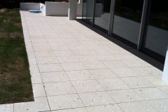 paive-honed-patio-paving
